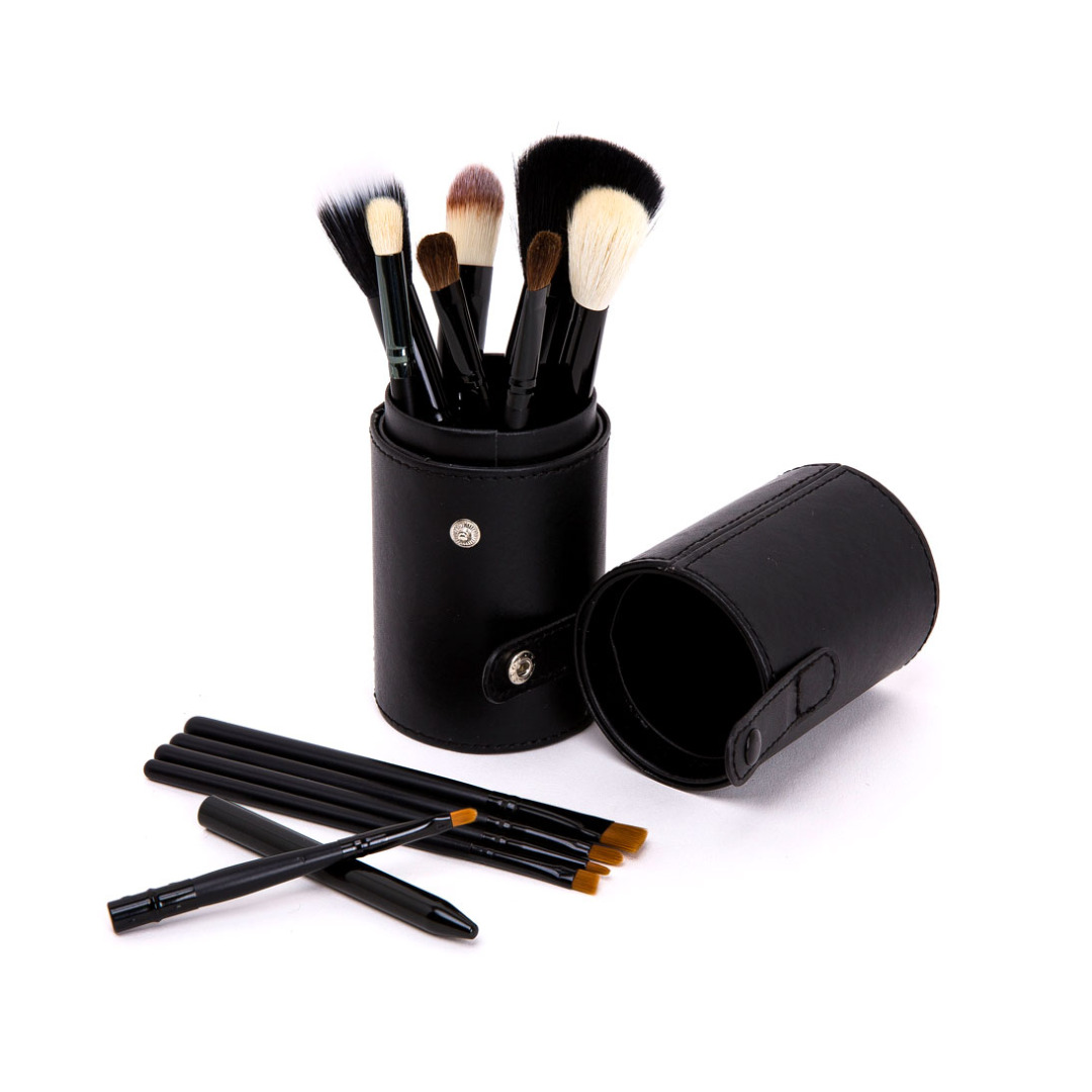 Luxury Black Makeup Brushes Set Foundation Blending Lip Eye and Nose Brushes Kit with Case in Black(12pc-set)