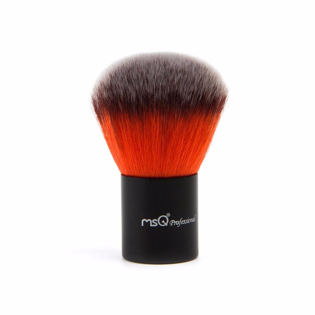 Professional's Favorite Powder Brush