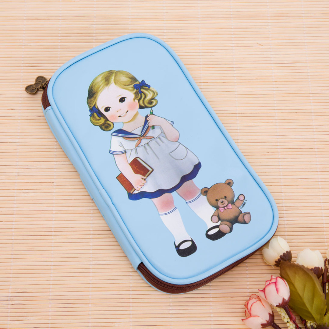 Vintage Girl Pencil Case in Blue 15030-en-USD